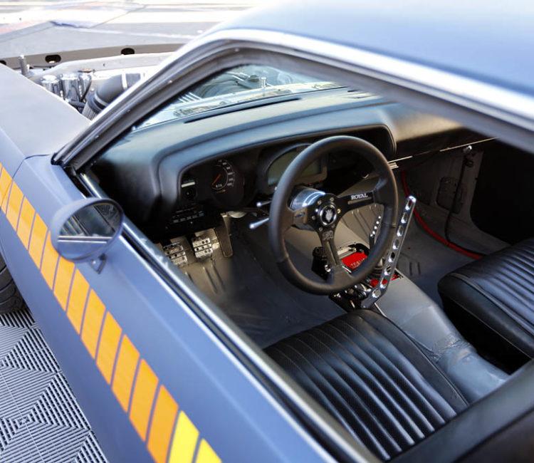 roadkill-dot-com__004-hot-rod-garage-tony-angelo-drift-cuda